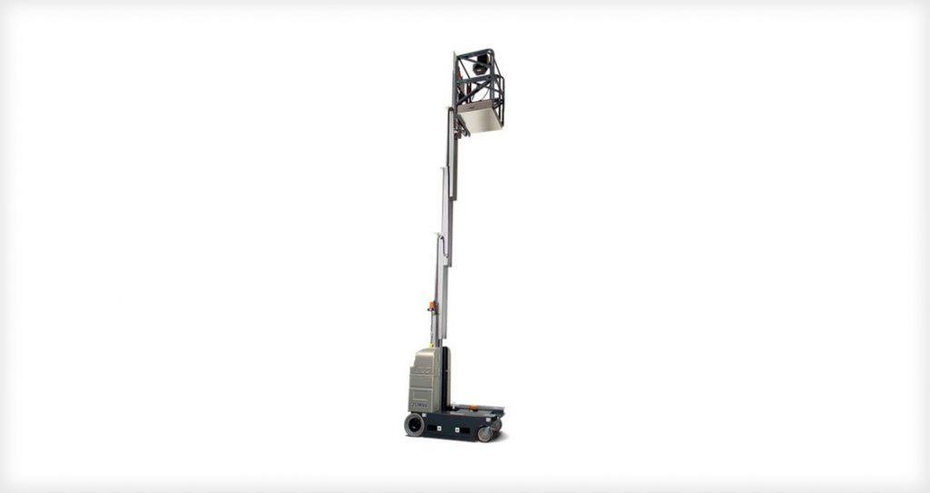 vertical mast lift